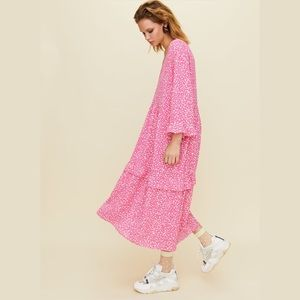 Aritzia Little Moon spritz dress in pink